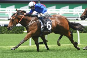 Deprive stormed home to win at Randwick.