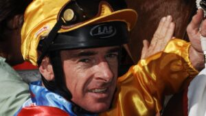 Jockey Craig Robertson notched a win at his first race ride for 16 months aboard He Is at Benalla on Tuesday.