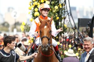 Local yokel Vow And Declare wins the 2019 Melbourne Cup.