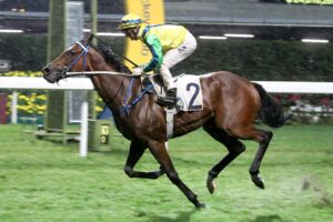 Zac Purton completed a winning double on Tangmere at Happy Valley on Wednesday.