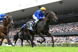 Kiamichi winning the Golden Slipper.