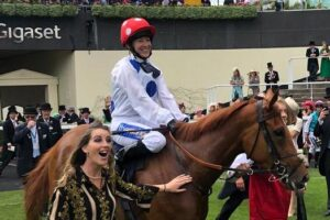 Hayley Turner and Thanks Be returning to scale.