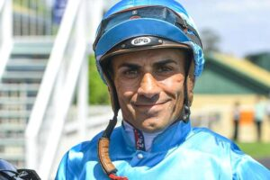 Jeff Penza looks set to take out the feature sprint at Wagga Thursday