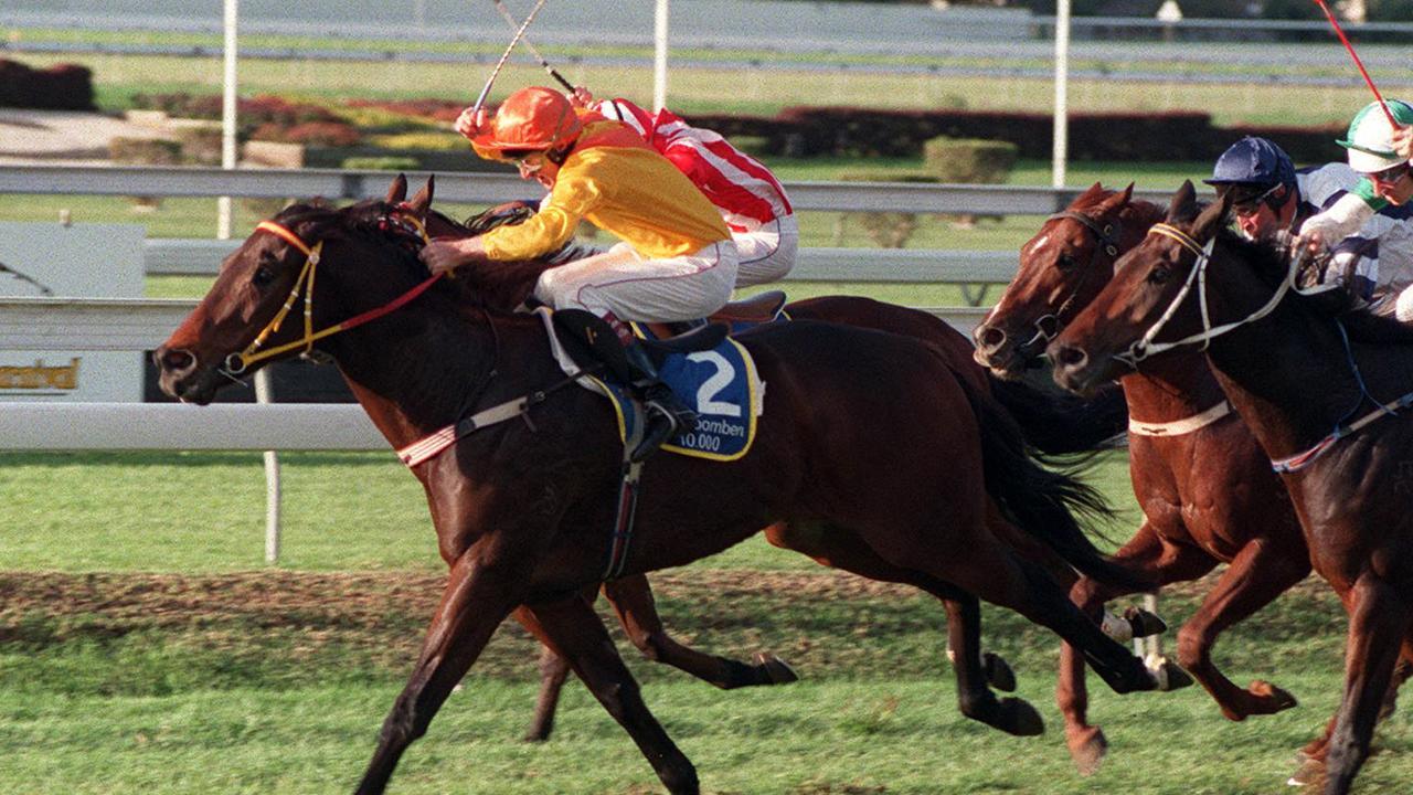 Chief De Beers winning his second Doomben 10,000 in 1998.