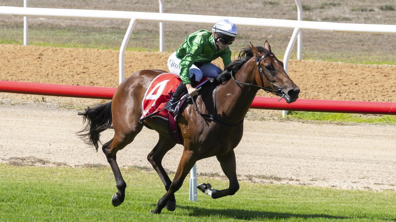 Jess Eaton riding a winner at Murray Bridge.