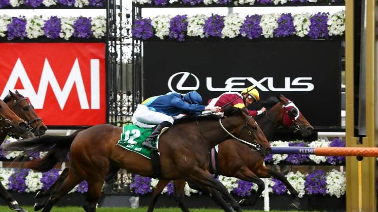 Shout The Bar Empire Rose Stakes