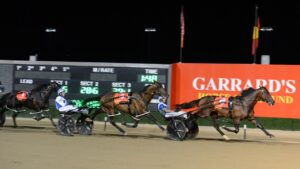 King Of Swing wins the 2021 Miracle Mile at Menangle for Luke McCarthy. Photo: Supplied