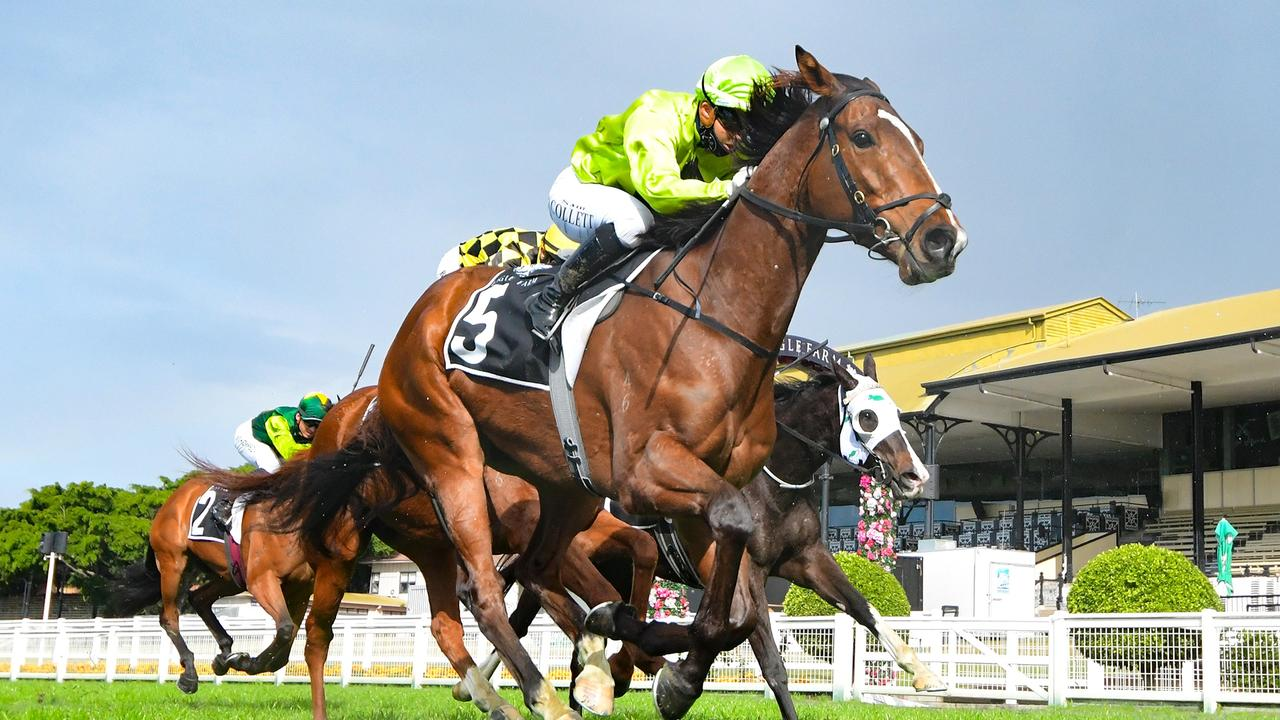 Racing at Eagle Farm. Photo: Grant Peters/ Trackside Photography.