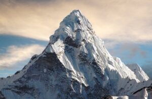 Could one of my tips on Saturday climb this mountain in October?