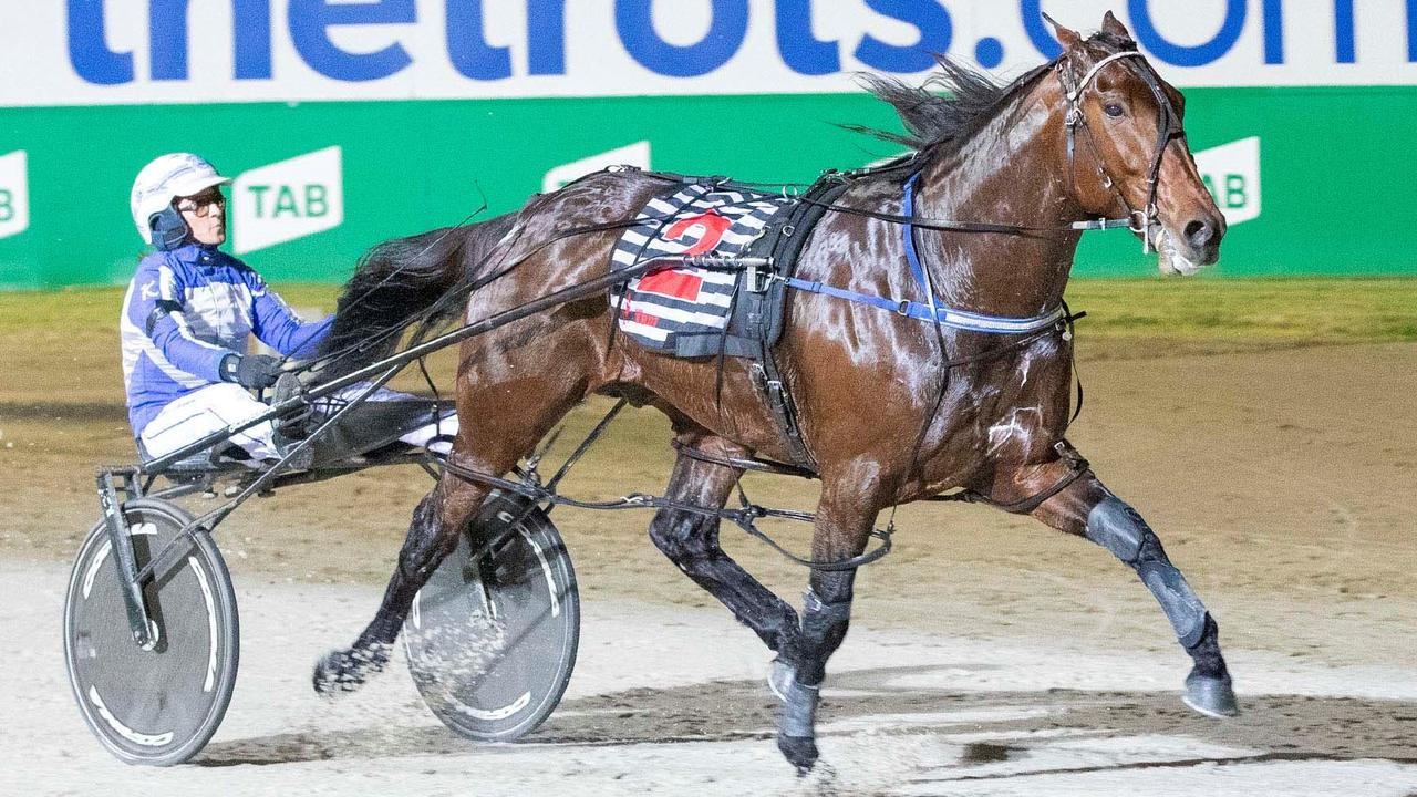 Star pacer Ride High in action. Picture: Raceday Photos
