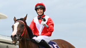 Jockey Jessica Eaton to remain out for six weeks. Photo: AAP Image/Vince Caligiuri