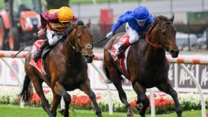 State Of Rest (left) and Anamoe drive to the winning post in a thrilling finish to the Cix Plate. Picture: Racing Photos via Getty Images